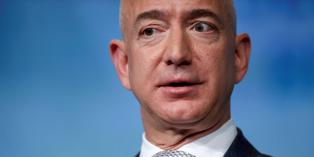 Jeff Bezos' investigator thinks Saudi Arabia hacked his cell phone — here's how it could have happened