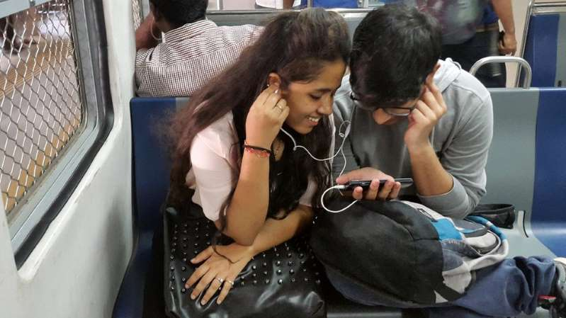Why India has world's cheapest mobile data