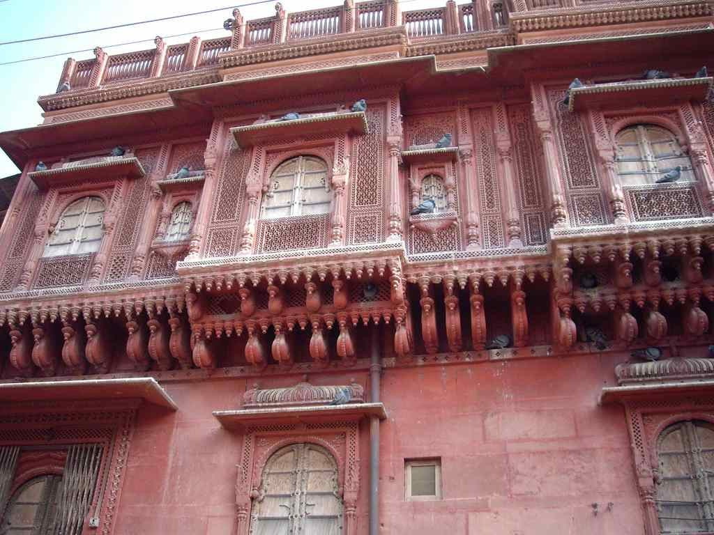 Heritage havelis, architecture in Rajasthan decaying from years of neglect