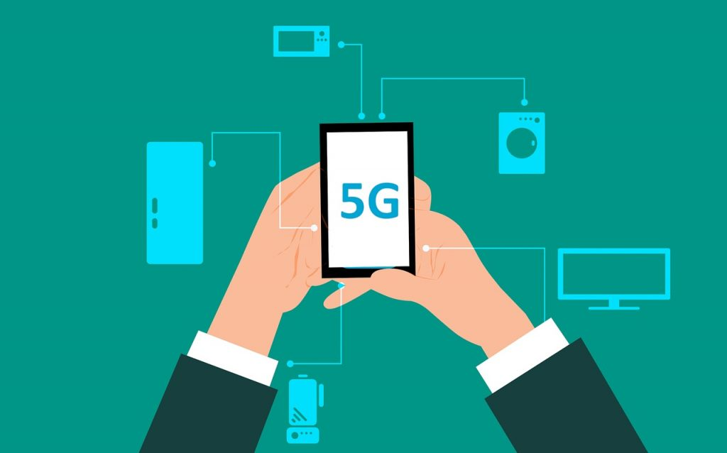 Are We Turning a Blind Eye To the Potential Health Risks of Adopting 5G