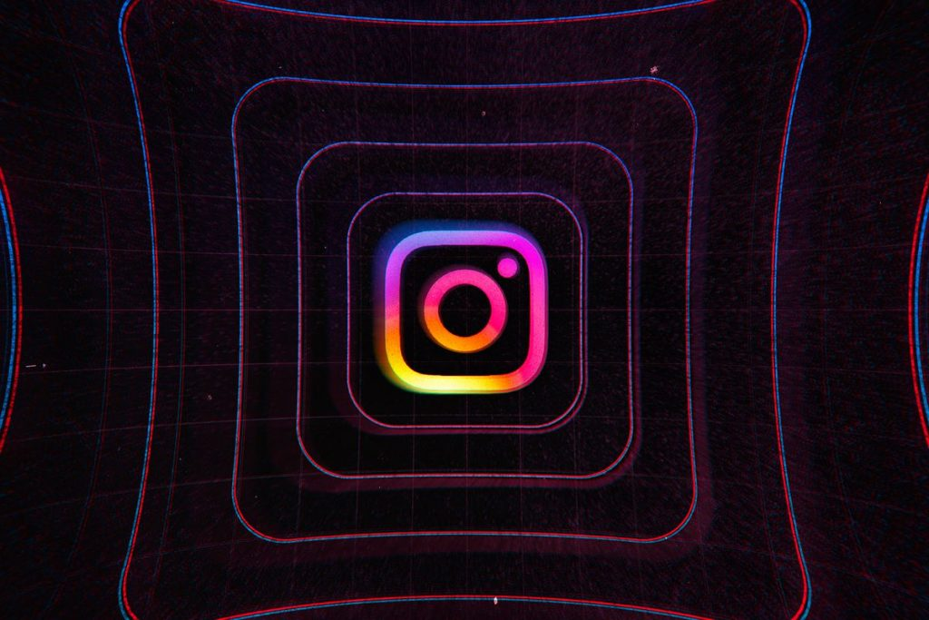 Facebook says Instagram is not 'toxic for teens,' despite damning WSJ report